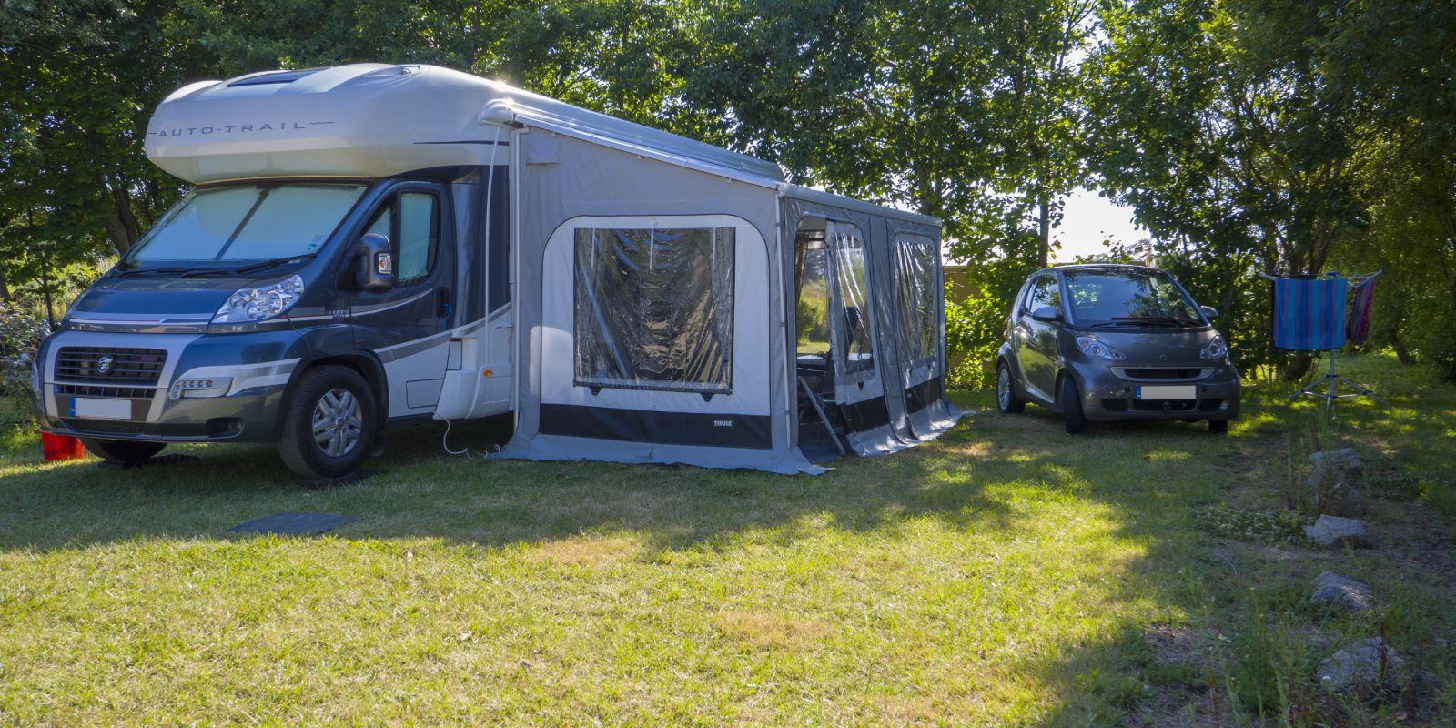 wohnmobile camping de la plage. Black Bedroom Furniture Sets. Home Design Ideas